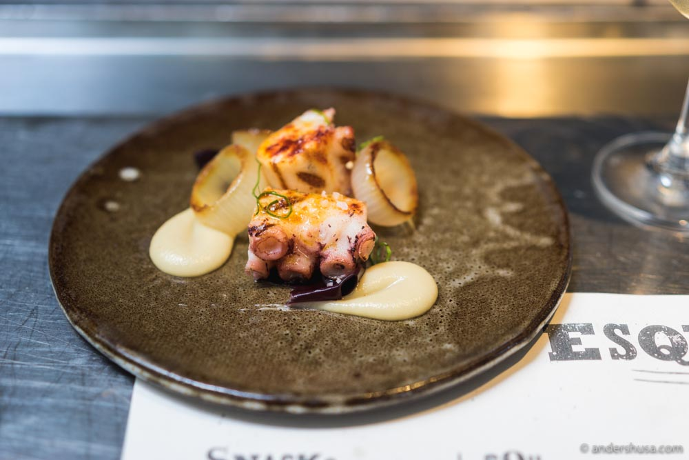 Grilled Spanish octopus, Jerusalem artichoke purée, burnt onion & oyster leaf.
