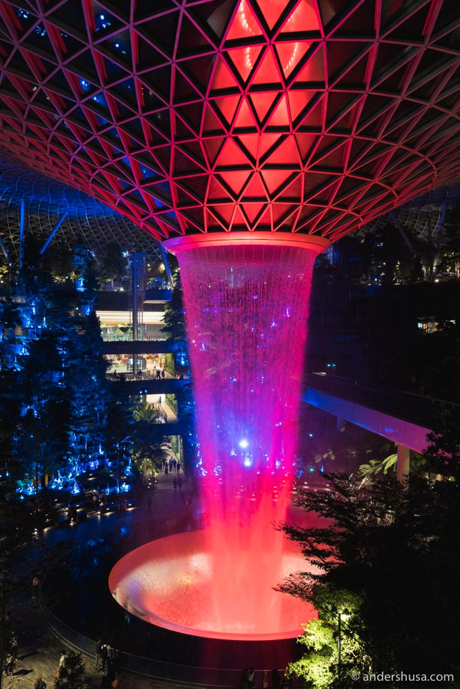 The Rain Vortex also has a show with light effects and music every hour starting at 7:30pm until 12:30am each night.