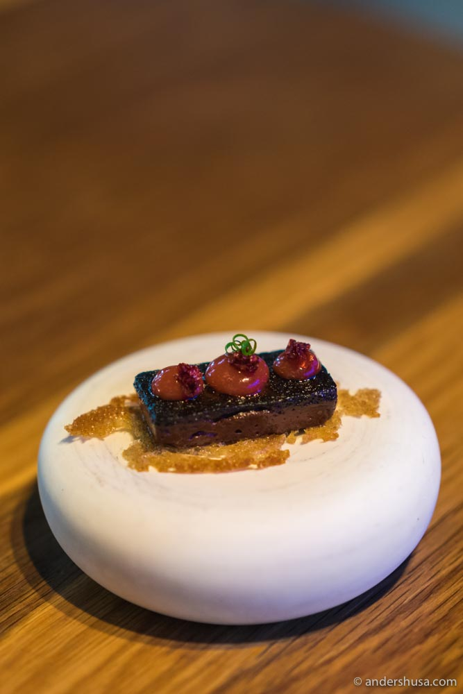 Black pudding & lingonberry gel on crispy sourdough.