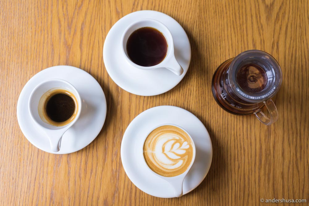 Get a juicy Chemex hand-brew or espresso-based drinks.