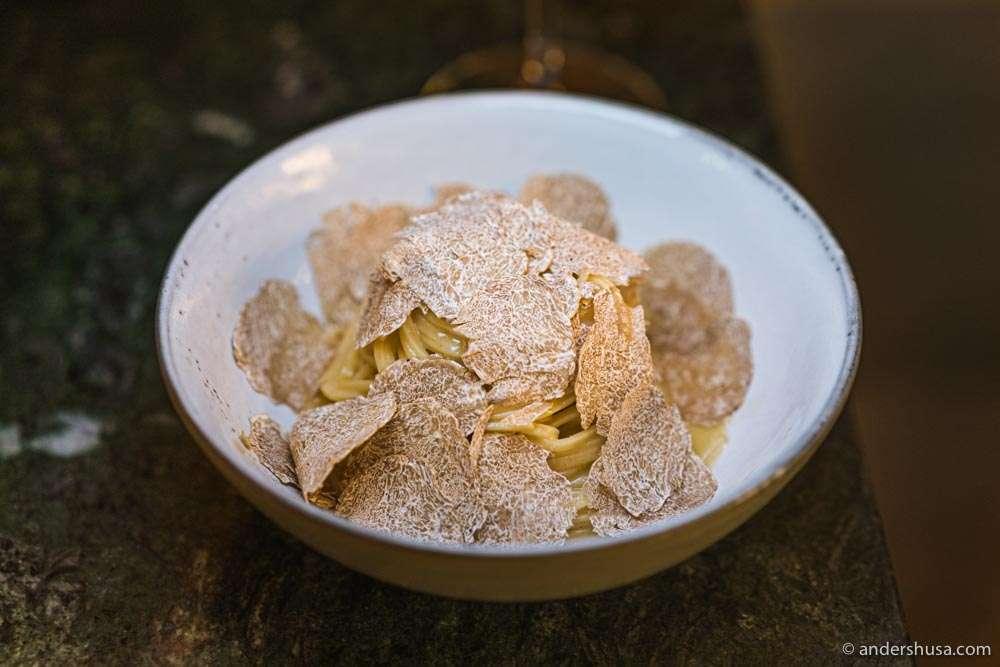 Tagliolini covered with white truffles.