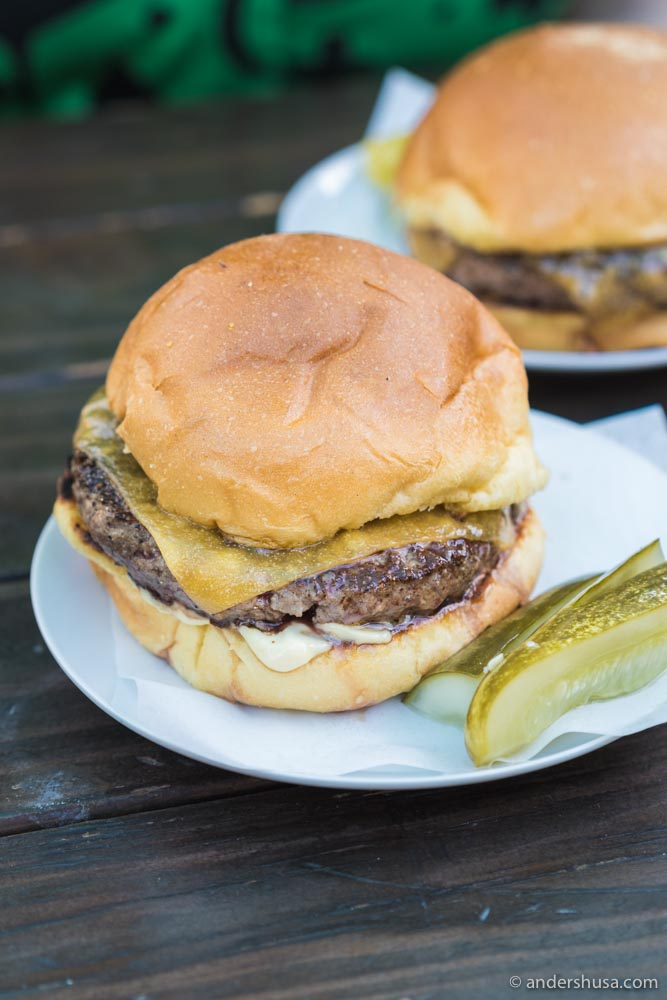 This is L.A.'s best burger.