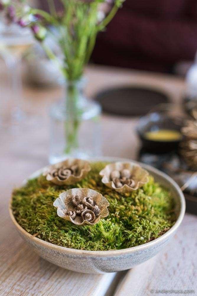Fermented mushrooms and Jerusalem artichoke.