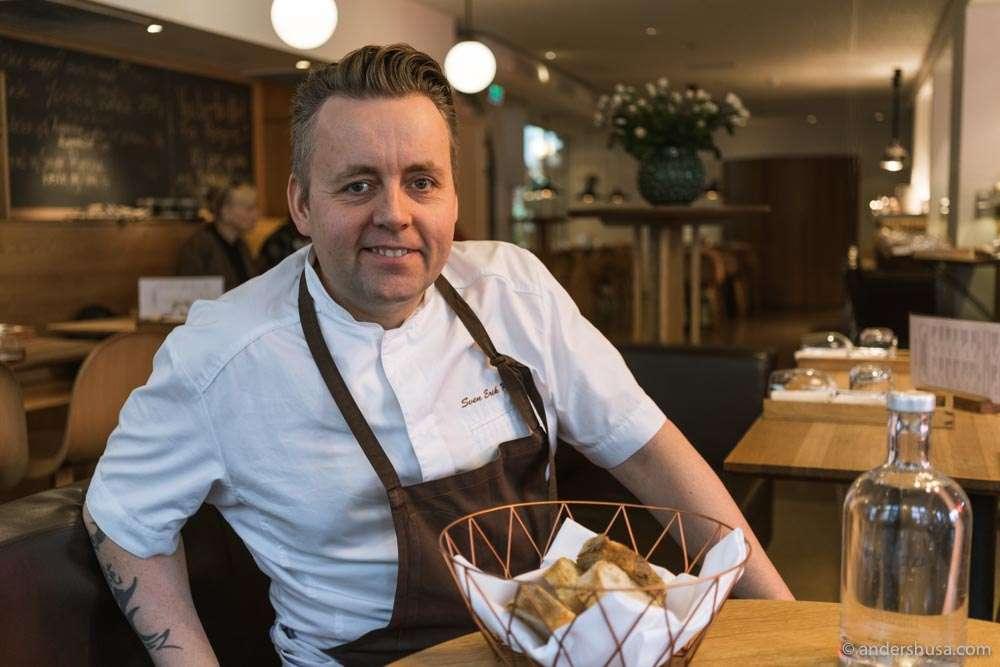 Sven Erik Renaa is making takeout food at Renaa:Matbaren