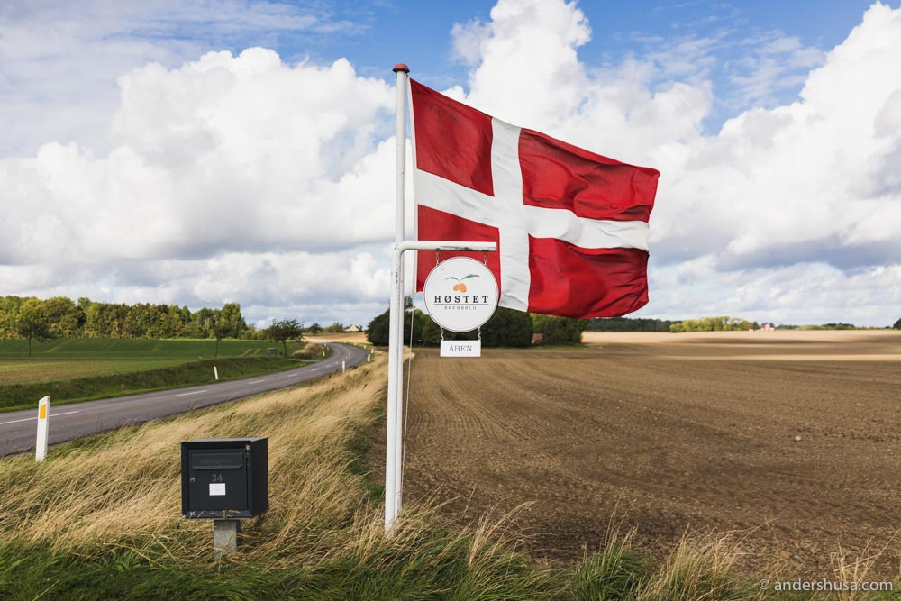 Høstet is located in the eastern part of Bornholm.