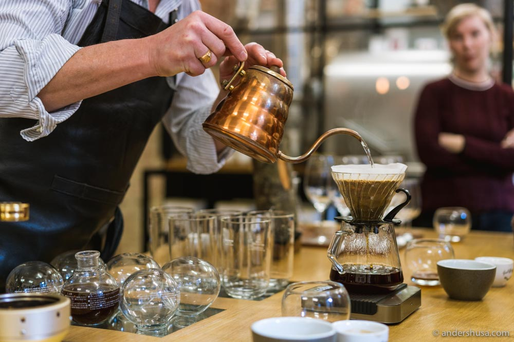 Choose from a hand-brew coffee made with a Chemex, V-60, or siphon.