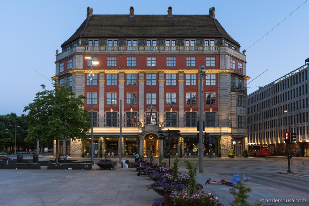 This historic building was once the headquarters of The Norwegian American Line – Amerikalinjen.