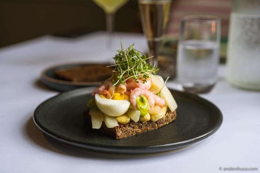 Shrimp, egg, white asparagus, and herb mayo on rye.