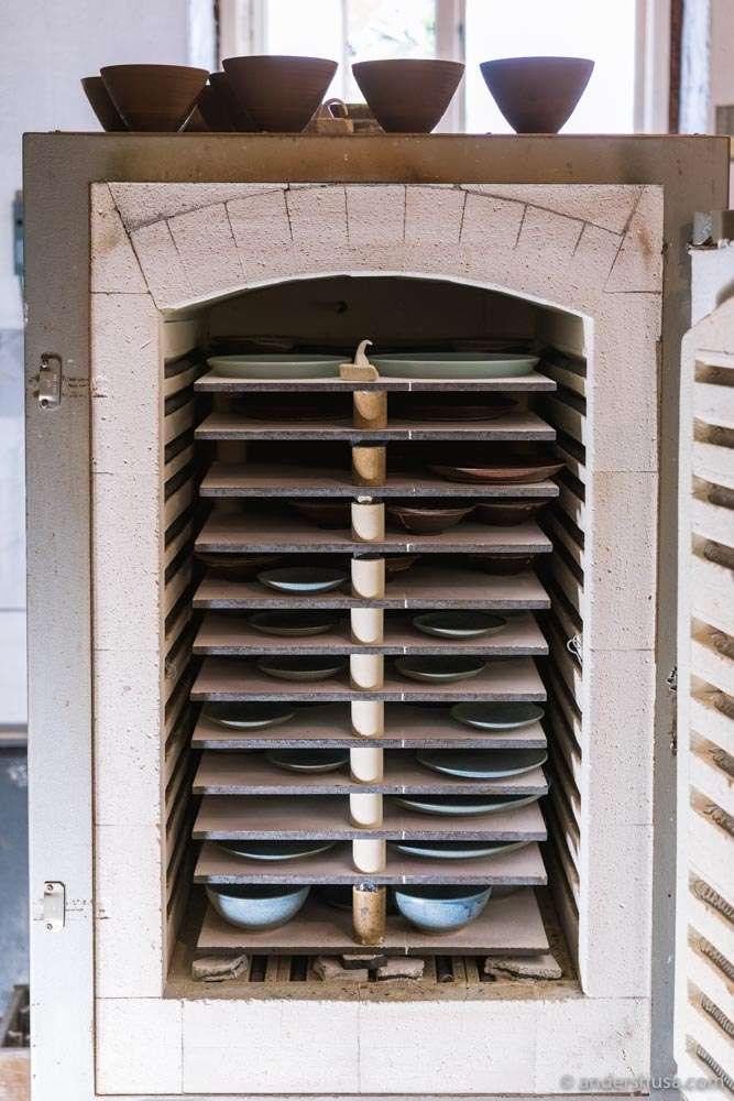 A peek inside the kiln.