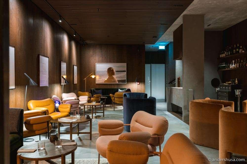The lounge, a.k.a. Esben's living room.