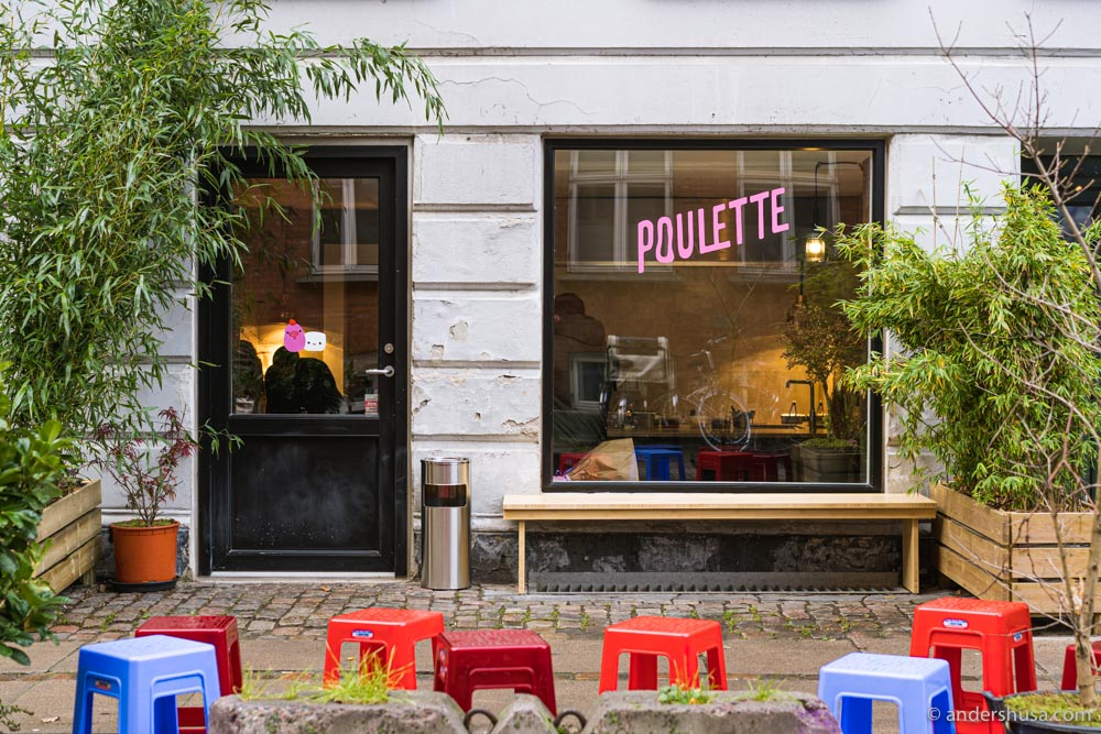 Poulette, Pompette's fried chicken sandwich shop, is open in Nørrebro.