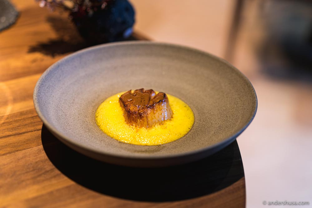 At no. 4 is the scallop with a sea buckthorn sauce from Re-Naa in Stavanger, Norway.